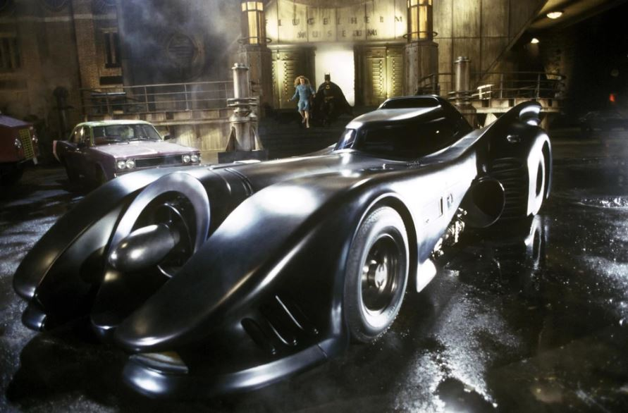 Batmobile parked outside Flugelheim Museum in Batman (1989) [1]